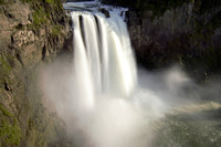 snoqualmie falls in afternoon