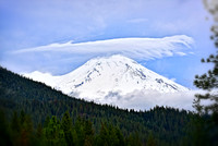 Shasta with lots of fresh snow over night and in the morning, with a lenny :)