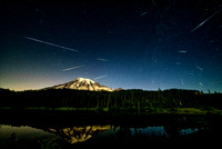 Perseids 2016 - Meteor shower over Rainier
